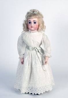 77.2638: doll | Dolls from the Early Twentieth Century | Dolls | National Museum of Play Online Collections | The Strong