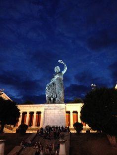 Statue der Bavaria - Statue of Bavaria - Munich - München - Oktoberfest - #Wanderlust #travel www.genussgeeks.de