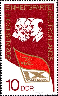 German Democratic Republic.  MARX, ENGELS, LENIN & PARTY FLAG. Scott 1719 A528, Issued 1976  May 11, Perf. 14 x 13 1/2, 10. /ldb.