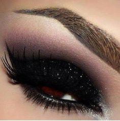 Love It!!! Dark black eyeshadow.