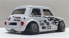 1/64 scale Morris Mini | Hotwheels Custom