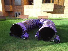 Túnel Negro de 6m de largo con aros Morados y 3 pares de bolsas de peso.