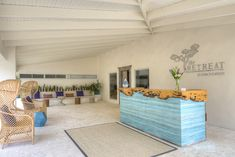 Love the desk - repeat on dresser? House of Turquoise: The Retreat - Costa Rica