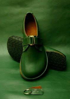 Shoe Boots, Shoes Sandals, Shoe Bag, Heels, Boot Over The Knee, Cute Shoes, Me Too Shoes, Paris Mode, Green Shoes