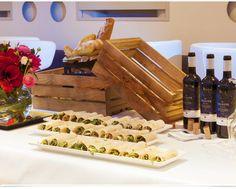 ANA BANU Lounge, Wine, Bar, Food, Airport Lounge, Drawing Rooms, Essen, Lounges, Meals
