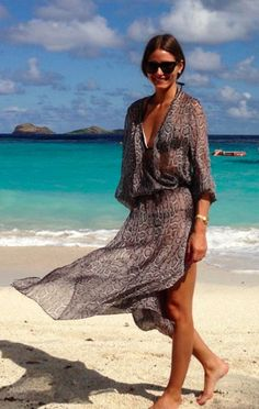 olivia palermo yacht sundress boat summer vacation jetsetter style vacation outfit boat sailing cover up beach style vacation jetsetter cover up bikini Estilo Olivia Palermo, Olivia Palermo Lookbook, Olivia Palermo Style, Vacation Outfits, Summer Outfits, Summer Dresses, Moda Boho, Outfit Trends, Look Fashion