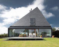 pyramid-house-design-1.jpg