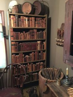 Learn your uncommon reserve supply, that includes out-of-print guides and old guides. See signed guides, first books, antiquarian materials and a lot more. Primitive Homes, Primitive Kitchen, Country Primitive, Old Books, Antique Books, Vintage Books, Prim Decor, Country Decor, Primitive Decor