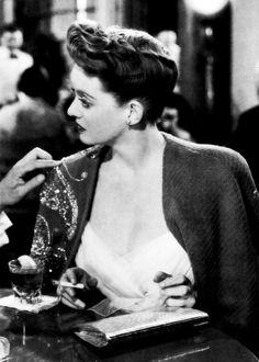 Bette Davis - Now Voyager, 1942