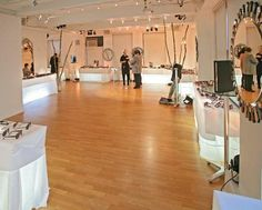 """Accommodates up to 150 guests for cocktail receptions and 85 for seated dinners with dancing. Designed to be a """"blank canvas"""", the loft provides a perfect setting for versatile styles of wedding celebrations, a wide spectrum of corporate events, gala dinners and social gatherings. $3500"""