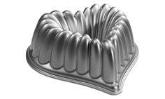 NordicWare Platinum Series Elegant Heart Bundt Pan