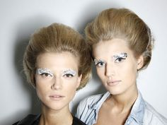 Love this look for the stepsisters... in their colors of course!