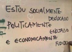 Socialmente - Politicamente - Economicamente