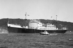 MV King City(shown sailing Durban 01/05/66) built by William Doxford & Sons in 1950 for Leeds Shipping Co of Bideford Devon(a wholly owned subsudary of Sir William Reardon Smith & Sons of Cardiff) Powered by a 4 cylinder Doxford giving a speed of 12.5kns. 132.9m long. Sold in '66 to Greeks & renamed Panagiotis Xilas. Early 70s sold to Cypriots & renamed Leon Scrapped in Spain in '78