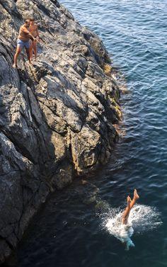The cliff jumper by Cîrstea Ionuţ-Eduard on 500px