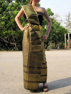 Thai Craft Warehouse - Ladies Traditional Thailand Wedding Dress or Thai Dance Outfit Golden Black XL