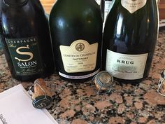 Where is The Best Champagne Served on New Year's Eve? Gives some better suggestion rather than buying best Champagne from grocery shop. Fruit Drinks, Fruit Juice, Best Champagne, Pin Image, New Years Eve, Juices, Smoothies, Cocktails, Good Things