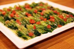 Ispanak Köklü Salata - Arda'nın Mutfağı Appetizer Salads, Appetizer Recipes, Salad Recipes, Turkish Recipes, Ethnic Recipes, Ramadan Recipes, Salad Ingredients, Vegetable Dishes, Entrees