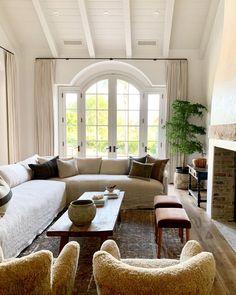 Home Living Room, Living Room Furniture, Living Room Designs, Living Room Decor, Living Spaces, Design Your Home, House Design, Decoration Inspiration, Decor Ideas