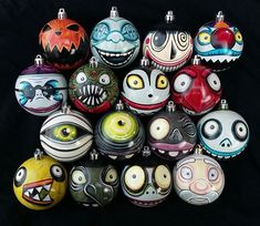 Any Character Nightmare Before Christmas Ornaments! Pick Your Favorite! Hand-Painted, Highly Detailed, Shatterproof, Made Just for You! Nightmare Before Christmas Characters, Nightmare Before Christmas Ornaments, Xmas Ornaments, Diy Halloween Ornaments, Homemade Ornaments, Hand Painted Ornaments, Halloween Crafts, Dark Christmas, Christmas Town
