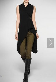 Sarah Pacini A bit too much black. It would be better in a dark grey, brown-black or aubergine. And matt black boots Mode Outfits, Skirt Outfits, Fashion Outfits, Womens Fashion, Mode Cyberpunk, Sarah Pacini, Outfit Des Tages, Mode Inspiration, What To Wear
