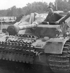 https://flic.kr/p/vScceL | 7,5 cm Stu.K. 40 L/48 für Sturmgeschütz IV mit Ostketten (Sd.Kfz. 167)