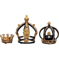 Lend a regal touch to your mantel or console table vignette with this eye-catching decor, featuring crown silhouettes in black and copper finish.