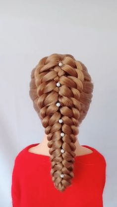 # Braids peinados videos How to braid this beautiful hairstyle? Do you want to study? Box Braids Hairstyles, Winter Hairstyles, Girl Hairstyles, Hair Updo, Natural Hair Styles, Short Hair Styles, Hair Upstyles, Long Hair Video, Hair Videos