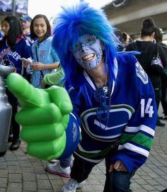 NHL goalie masks of 2013 Ice Hockey Teams, Hockey Goalie, Minnesota North Stars, Canada Hockey, Funny Sports Pictures, Goalie Mask, Nhl Players, Vancouver Canucks, Best Fan