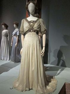 A dress with M-L's signature embroidery - inspired by the styles of ancient Greece, C. 1900-1910.