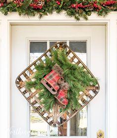 Tobacco basket Christmas wreath #christmas #christmaswreath #plaid