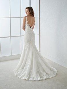 Nieuw binnengekomen prachtige collectie 2017/18 White One uit het huis van Pronovias ❤️#lovelylady #bruidsjaponnen #bruidsjurk #bruid #WhiteOne #Pronovias #trouwjurk