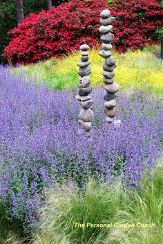 I could make tons of rock towers! Garden Designer's Roundtable: Ideas for Adding Texture to Your Landscape « Personal Garden Coach Dream Garden, Garden Art, Garden Plants, Garden Design, Meadow Garden, Tower Garden, Garden Whimsy, Garden Junk, House Plants