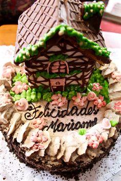 Omi Gretchen Pastelería La Unión Tortas, Kuchenes, Galletas y Dulces Alemanes Birthday Cake, Desserts, Food, Crack Cake, Cookies, Deserts, Antigua, Tailgate Desserts, Birthday Cakes