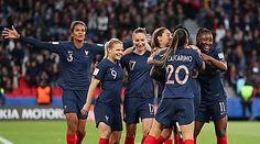 Coupe du monde féminine : le journaliste Michel Izard ne s'excuse qu'à moitié pour ses propos sexistes Kia Motors, Michel, Sports, Hs Sports, Sport