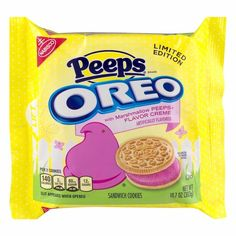 Skipping over St. Patrick's Day entirely, Nabisco has debuted a new Oreo flavor that features golden vanilla sandwich cookies packed with sparkling Peeps creme. Weird Oreo Flavors, Peeps Flavors, Cookie Flavors, Sandwich Cookies, Oreo Cookies, Oreo Treats, Golden Cookie, Nabisco Oreo, Marshmallow Peeps