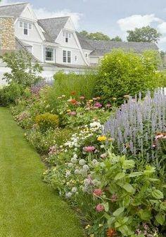 farmhouse garden border