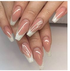 Discover new and inspirational nail art for your short nail designs. Sexy Nail Art, Sexy Nails, Cute Nails, Pretty Nails, Classy Nail Designs, New Nail Designs, Bridal Nails, Wedding Nails, Glitter Nails
