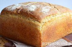 Chleb pszenno-żytni na drożdżach. Długo poszukiwałam chleba, który mimo że przygotowany na drożdżach – ma odpowiedni smak, konsystencję, a przede wszystkim długo zachowuje świeżość, nie krusząc się. W końcu metodą prób i błędów opracowałam poniższy przepis, który spełnia moje oczekiwania :). Jego przygotowanie nie jest trudne, choć chleb wymaga przygotowania zaczynu i kilkukrotnego składnia ciasta […] Amish White Bread, Vegan Recipes, Cooking Recipes, Good Food, Yummy Food, Bread Machine Recipes, Polish Recipes, Bread Rolls, Holiday Desserts