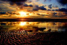 Beach Reflection by Pieter Arnolli