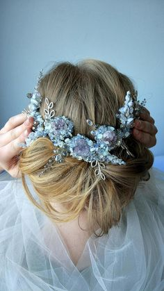 Description Wedding Ametist Accessories Bridal Headband crystal rhinestone wedding headband Bridal tiara Bridal crown First communion headpiece wedding  Add brilliance to your special day with this sparkling wedding headband featuring. Can be made in all clear crystals or with