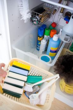 How to organise under sink www.jenthousandwords.com
