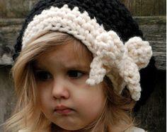 Knitting PATTERN-The Babette Slouchy Toddler par Thevelvetacorn
