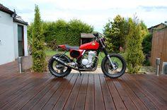 Custom : Cool Modified Motorbikes with Honda CG125 Parts - Andrew Greenland Honda Dominator NX650 The Retro Dirtbike Side Details old-school...