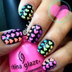 Valentine's Day manicure / Nail Art, hearts