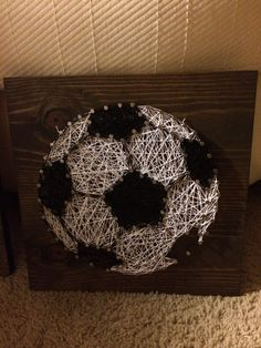 CUSTOM Sports Soccer Ball String Art by KiwiStrings on Etsy Gifts For Boys, Fathers Day Gifts, Soccer Mom Style, Soccer Crafts, Crafts To Make, Arts And Crafts, Sports Art, Soccer Sports, Primary School Art