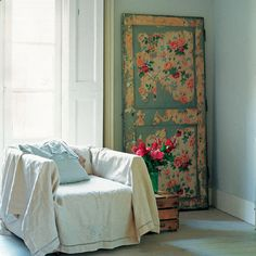 Painted door used as an accessory-clever!