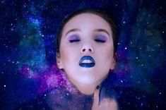 Infinito.  Fotografía y edición: Raquel Santos Ysmer Modelo: Sara Vázquez #photography #galaxy #water #astrology #moda #modelo #azul #retoque #photoshop #adobe #beauty #makeup #infinity #raquelsantos #ysmer #drama #arte #art #galaxia #astrología #fotografía #fotomontaje #instashootmadrid