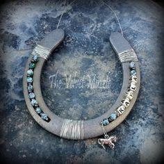 The Velvet Muzzle - Personalized Horse Stall Signs, Personalized Horseshoes, Horse Head Wreaths & Horse Decor!