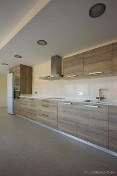 Cocina Estilo mediterraneo Color beige, beige, marron  diseñado por joanPMP | Arquitecto